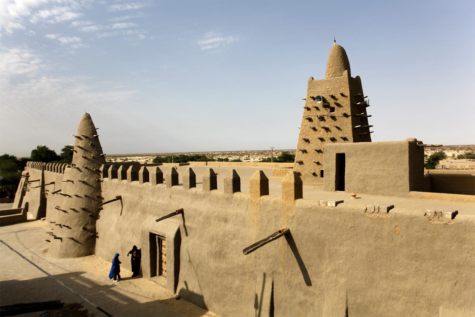 Mosque in Timbuktu   FJ Hakimian